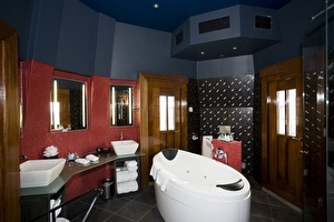 Tower Suite - bathroom